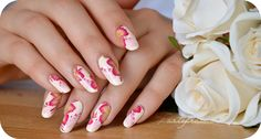 Beautiful nails art!Tartofraises..