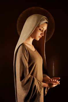 Nihil Veilleur-Prêtre, Virgin Mary  One of the faces of being a woman. Is not a uterus holy?