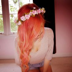 Wavy Peach Orange Hair w/ Flower Crown✶ #Hairstyle #Colorful_Hair #Dyed_Hair