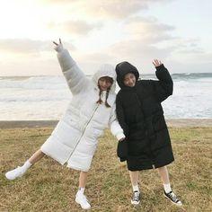 Korean Girls Best Friend Outfits, Best Friend Goals, My Best Friend, Korean Couple, Korean Girl, Asian Girl, Ulzzang Couple, Ulzzang Girl, Foto Mirror