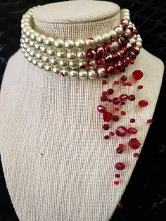 "aishadota: ""Blood drop/cut throat pearl necklace by Hell's Belle designs. Diy Jewelry, Jewelry Accessories, Jewelry Design, Jewelry Making, Bijou Brigitte, Accesorios Casual, Fancy, Bijoux Diy, Schmuck Design"