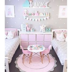 How you arrange your bedroom will certainly influence the effect of the plan. Kids bedroom sets for girls arrive in a larger range of choices. On top of overall room decor there are a lot of kids b… Little Girl Bedrooms, 6 Year Old Girl Bedroom, Sister Bedroom, Cute Girls Bedrooms, Girls Bedroom Colors, Shared Bedrooms, Girl Bedroom Paint, Cool Girl Rooms, Commode Rose