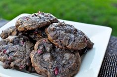 Chocolate Fudge Pomegranate Cookies I howsweeteats.com