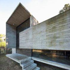 http://www.morfae.com/1829-besonias-almeida/ Pedroso house by Besonias Almeida arquitectos in Buenos Aires, Argentina
