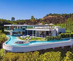 Discover the Most Extravagant Homes in Los Angeles Luxury Homes Dream Houses, Luxury Homes Interior, Dream Homes, Mansion Interior, Modern Interior, Dream Mansion, Modern Mansion, Dream House Exterior, Modern Architecture