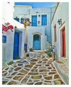Πλακόστρωτο στην Αμοργό Cobbled pavement in Amorgos island by~Dianthosondeviantart.com