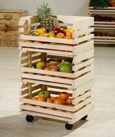Este diseño con palets para guardar tus frutas y vegetales es fantástico