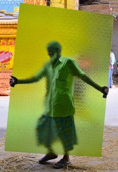 Nimit Nigam : Street Shot from Chandni Chowk at DPEG Photowalk New Delhi India Film Photography, Street Photography, Fashion Photography, In This World, Inspiration Artistique, Green Man, Art Plastique, Art Direction, Scene
