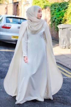 45 Elegant Muslim Outfits Ideas For Eid Mubarak - VIs-Wed Arab Fashion, Islamic Fashion, Muslim Fashion, Modest Fashion, Muslim Wedding Dresses, Black Wedding Dresses, Hijabs, Modest Dresses, Modest Outfits