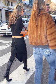 Love the jeans & fur jacket