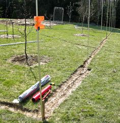 Grow it eat it fishing line deer fence hobby farm for Fishing line deer fence