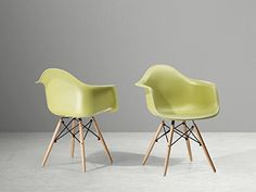 nice Charles Eames Replica Arm Chair - Dining Chair - Plastic Seat - Green - ELLIS Buy this and much more home & living products at http://www.woonio.co.uk/p/charles-eames-replica-arm-chair-dining-chair-plastic-seat-green-ellis/