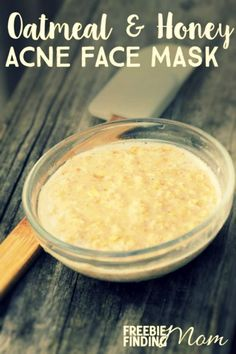Homemade Acne Face Mask: Oatmeal and Honey Acne Face Mask | If you're looking to combat acne, this homemade beauty face mask is for you. The oatmeal, honey, and yogurt are all superb at preventing and/or fighting breakouts. For example, oats contain anti-inflammatory properties which are great for calming irritated skin. Honey helps open pores while yogurt's lactic acid helps dissolve debris. via: @freebfindingmom
