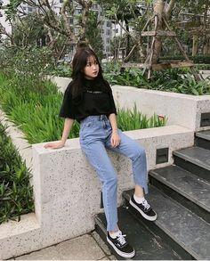 Korean Girl Fashion, Korean Fashion Trends, Korean Street Fashion, Ulzzang Fashion, Korea Fashion, Asian Fashion, Look Fashion, Teen Fashion Outfits, Retro Outfits