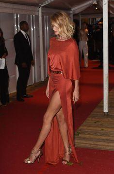 Duelo de estilo 'sexy': Kate Hudson vs. Rosie Huntington - La actriz y la modelo se han reencontrado en una... | Yodona | EL MUNDO