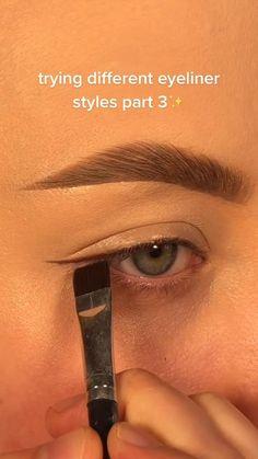 Cute Eye Makeup, Eyebrow Makeup Tips, Makeup Tutorial Eyeliner, Creative Eye Makeup, Colorful Eye Makeup, Eye Makeup Art, Simple Makeup, Skin Makeup, Eyeshadow Makeup