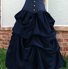 Azac Gothic Steampunk Victorian Bustle Formal Skirt in Many Colors Custom Steampunk Rock, Steampunk Costume, Steampunk Fashion, Steampunk Belle, Gypsy Costume, Belle Costume, Victorian Steampunk, Beautiful Outfits, Cute Outfits
