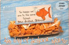 Craft Junkie Too: {Back to School} - 1st Day of School Goldfish Treats with Printable