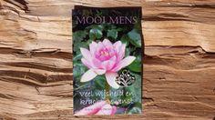 Mooi mens - Veel wijsheid en kracht gewenst.  Gemaakt met eigen fotomateriaal en gedrukt op digi-groen (gerecycled) papier.   Prijs: 2,99