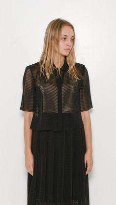 Samuji Gerta Shirt in Black | The Dreslyn