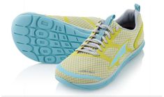 Zero Drop Stability, shoes with anatomical foot bed.  Good for flat feet, fallen arches, orthotic friendly