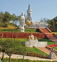 Jardins Buddha Eden, propriedade do Comendador Joe Berardo - Quinta dos Loridos- Bombarral, Portugal