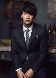 Crazy For Kdrama: Khottie of the Week: Yoon Shi Yoon For the most realistic kiss in kdrama, look no further than this guy. Hot Korean Guys, Korean Men, Asian Men, Asian Actors, Korean Actors, Korean Dramas, Asian Celebrities, Yoon Shi Yoon, Cn Blue