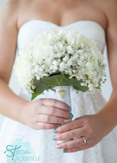 DIY wedding bouquet charm bracelets