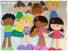 .::BAÚ DE LETRAS::. E.v.a. e Scrapbook: Sala de Aula Foam Crafts, Preschool Crafts, Diy And Crafts, Crafts For Kids, Inspirational Bulletin Boards, Bible Crafts, Kids Church, Cute Little Girls, Cute Faces