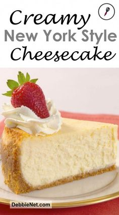 delectable New York style cheesecake that is dense, rich, and incredibly creamy. This is what cheesecake is supposed to be! Chocolate Cookie Recipes, Easy Cookie Recipes, Dessert Recipes, Muffin Recipes, Fruit Dessert, New York Style Cheesecake, Classic Cheesecake, New York Baked Cheesecake, New Yorker Stil