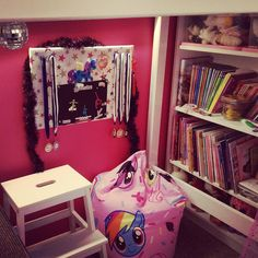 Very chuffed with how the daughter's bedroom has turned out... especially the reading nook under her bed  #likemotherlikedaughter #itssopink #bookstagram #authorlife