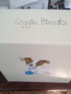 dog biscuit box