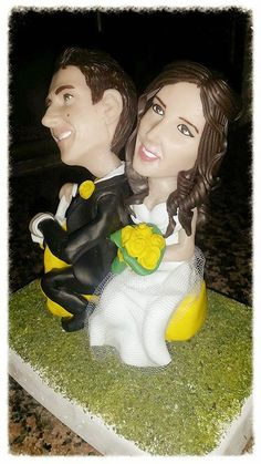 La vetrina degli sponsor di oggi presenta..MYMICROME!  http://www.finchesponsornonvisepari.blogspot.it/2015/03/la-vetrina-degli-sponsor-di-oggi.html  #finchesponsornonvisepari #saraheluciano #mymicrome #caketopper #torta #nozzeconsponsor #matrimonio #weddingcake #20giugno2015 #savethedate #taglio #torta #statuina