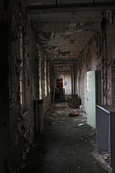 Lost in time Abandoned Mansions, Abandoned Buildings, Abandoned Places, Haunted Asylums, Spooky Places, Most Haunted, Ghost Towns, Amazing Architecture, Urban Decay