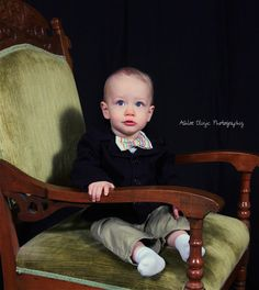 1 year old pics, bow tie.