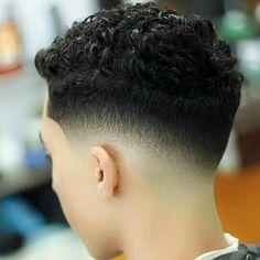 Fade Haircut Curly Hair, Drop Fade Haircut, Boys Fade Haircut, Types Of Fade Haircut, Thin Curly Hair, Hair And Beard Styles, Curly Hair Styles, Hair Cutting Techniques, Hair Barber