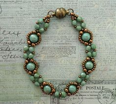 Linda's Crafty Inspirations: Bracelet of the Day: Bubble Band - Mint Green