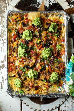 nachos no meat \ nachos no meat ; nachos no meat recipe ; nachos no meat cheese ; meat for nachos ; Vegetarian Nachos, Vegetarian Recipes, Healthy Recipes, Healthy Meals, Homemade Nachos, Homemade Guacamole, English Food, Game Day Food, Vegan Foods