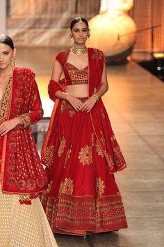 Reynu Tandon | India Couture Week 2016 #PM #indiancouture #reynutandonICW2016