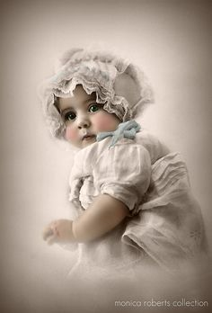hand-coloured baby portrait ... ca. 1915 - Photo credit ... Monica Roberts Collection