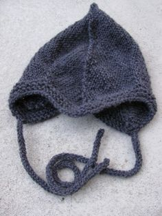 hat for baby http://hupsistakasilla.blogspot.fi/2014/03/vauvantakki.html
