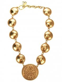 CHANEL VINTAGE Chanel Vintage Necklace by Chanel Vintage #necklace #jewelry #vintage