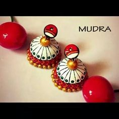 White & red terracotta Jhumki. Terracotta Jewellery Designs, Terracota Jewellery, Clay Jewelry, Jewelry Sets, Terracotta Earrings, Play Clay, Christmas Bulbs, Polymer Clay, Jewelery