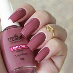 In seek out some nail designs and ideas for your nails? Here is our list of 14 must-try coffin acrylic nails for fashionable women. Nails Polish, Nail Polish Colors, Matte Nails, Pink Nails, Gel Nails, Matte Pink, Stylish Nails, Trendy Nails, Perfect Nails