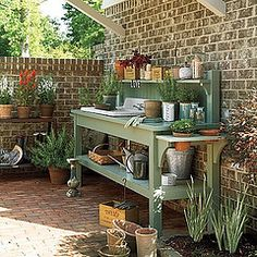 Arbeidsbord. garden2 by simply seleta, via Flickr