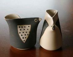 i'd turn these into little pitchers with holes at the beaks Hand Built Pottery, Slab Pottery, Pottery Mugs, Ceramic Pottery, Pottery Art, Clay Birds, Ceramic Birds, Ceramic Clay, Pottery Animals