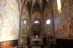 Оригинал взят у uchitelj в Фрески Капеллы св. Креста церкви Сан-Франческо в Вольтерре В Италии часто за неприметным фасадом скрываются подлинные сокровища. Пример…