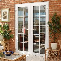 French door off the kitchen onto the patio, instead of the slider