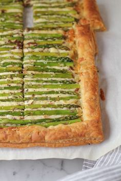 Gorgeous and impressive, this Asparagus Gruyere Tart makes for a delicious appetizer or main dish. It's also super EASY to make! You've got to try this! dinner menu ideas main dishes Asparagus Gruyere Tart - Featured on The TODAY Show Easter Appetizers, Easter Dinner Recipes, Yummy Appetizers, Appetizer Recipes, Easter Dinner Ideas, Easter Dinner Sides Dishes, Easter Brunch Menu, Easter Dishes, Brunch Dishes