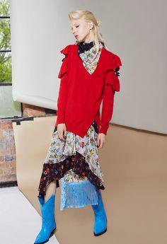 http://www.vogue.com/fashion-shows/resort-2017/preen-line/slideshow/collection